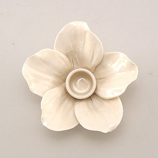 "Picture of Ivory Candle Holder Ceramic Flower 5-Petals  | 4""Dx2.5""H 