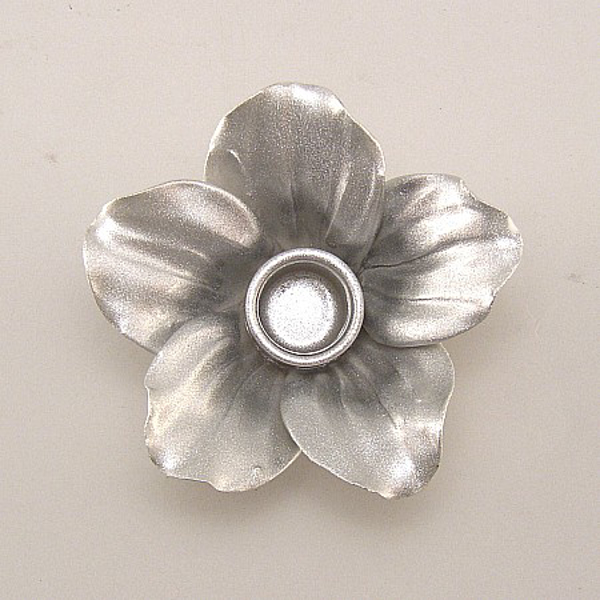 """Picture of Silver Candle Holder Ceramic Flower 5-Petals  