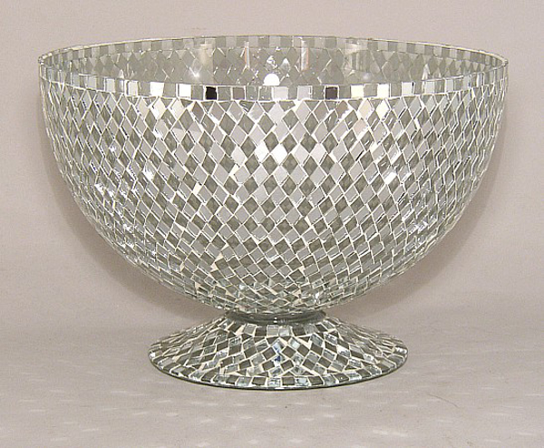 """Picture of Silver Mosaic Bowl Glass Clear & Mirror Diamond Shaped Chips   10""""Dx7""""H   Item No. 23305"""