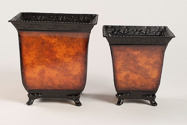 """Picture of Planter Metal Square Rustic Brown 4-Legs Set/2 7.5""""-9""""H  #44607"""