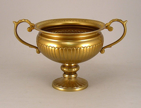 """Picture of Antique gold bowl with Pedestal & Handles 
