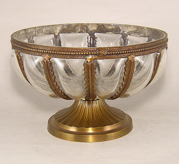 """Picture of Bowl Glass Poured in Gold Leaves Metal Frame 