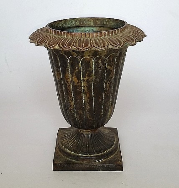 """Picture of Green Vase with Decorative Ring Top  