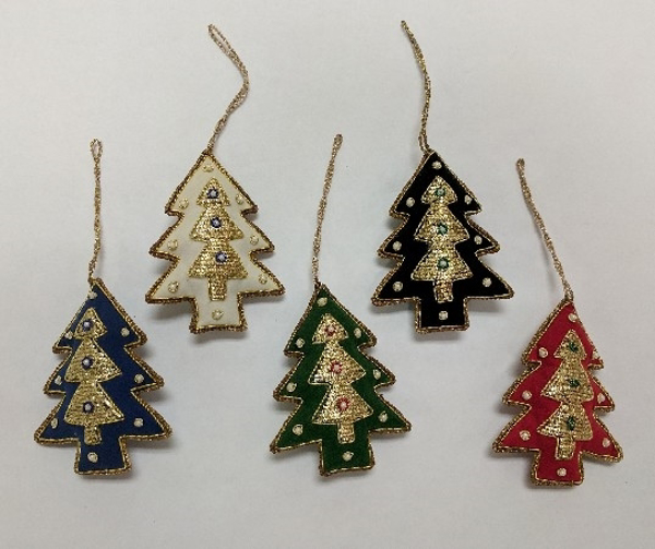 """Picture of Hand Embroidered Ornament Tree Set/5 #XE011  3""""x4.5""""H"""