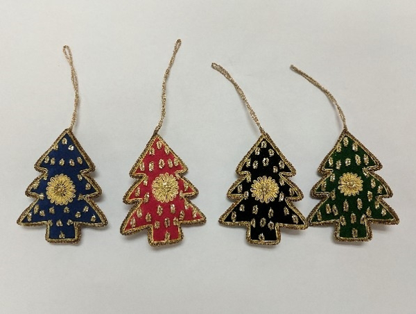 "Picture of Hand Embroidered Ornament Tree Set/4 #XE012  3""x4.5""H"